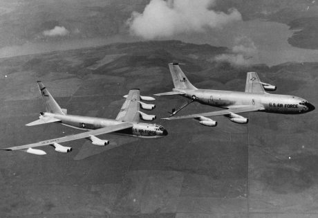 On this day in history Round One - Page 17 EspagnePalomaresBoeingB52_BoeingKC135PhotoUsGovernment460