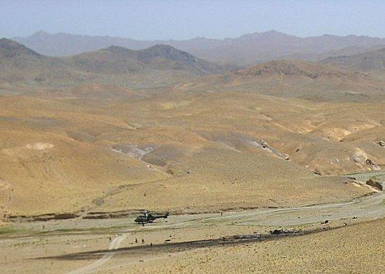 Crash Cougar ALAT - 13ème RDP et débat sur le matériel... Espagnehelicoafghanistan16082005mindefensag